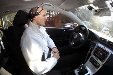 Desarrollan dispositivo que permite conducir un auto con la mente