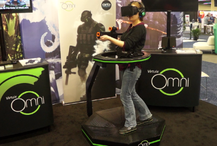 Virtuix Omni, la plataforma que nos lleva al mundo virtual